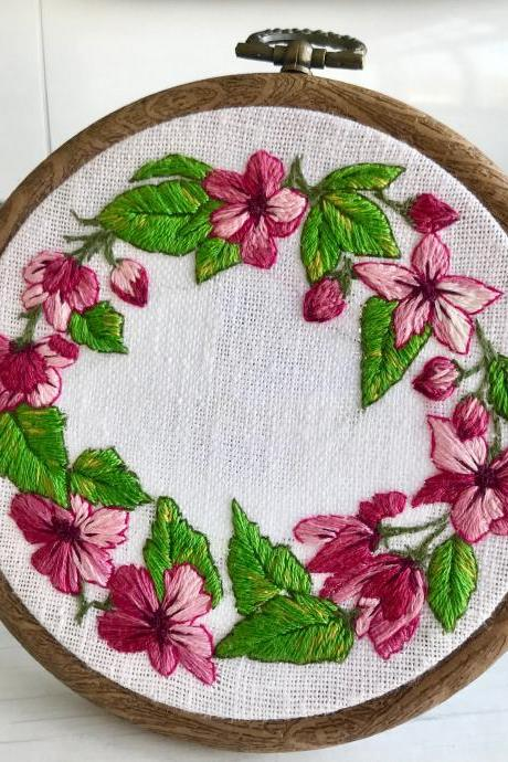 Spring blossom hand embroidered wreath/Mother's Day gift/ wall decor